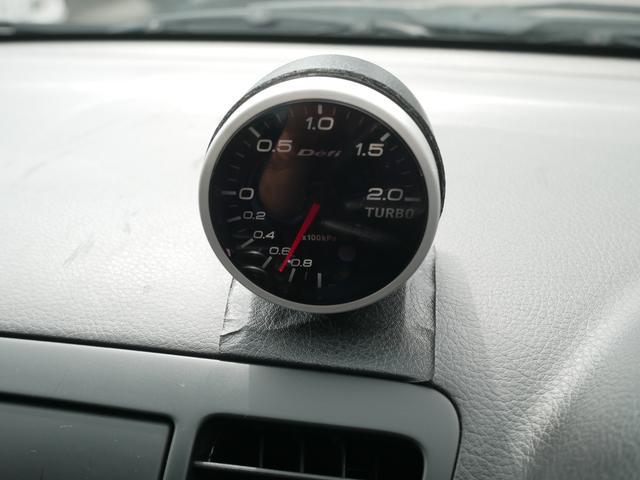 2.0GTスペックB 1年保証付 6速MT 後期型 SI-DRIVE 禁煙車 ブースト計 ステアスイッチ 6連奏CD ETC オートエアコン キーレス 電動格納ウィンカーミラー ローダウン HID フォグ 純正18AW(13枚目)