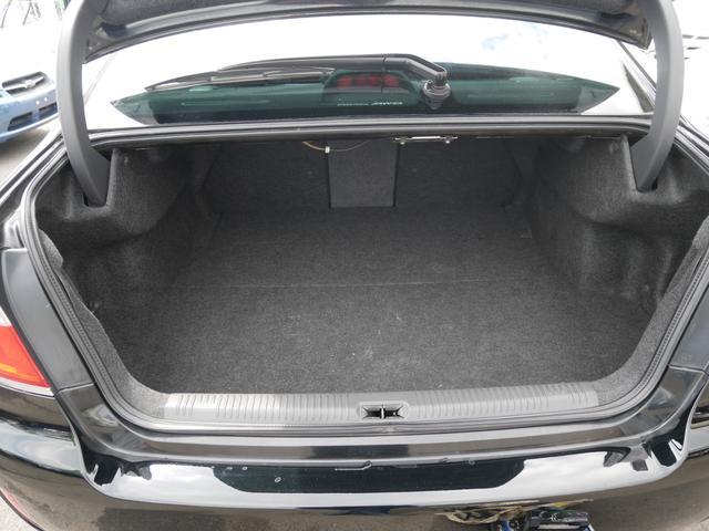 2.0GTスペックB 1年保証付 6速MT 後期型 SI-DRIVE 禁煙車 ブースト計 ステアスイッチ 6連奏CD ETC オートエアコン キーレス 電動格納ウィンカーミラー ローダウン HID フォグ 純正18AW(19枚目)