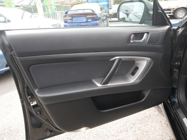 2.0GTスペックB 1年保証付 6速MT 後期型 SI-DRIVE 禁煙車 ブースト計 ステアスイッチ 6連奏CD ETC オートエアコン キーレス 電動格納ウィンカーミラー ローダウン HID フォグ 純正18AW(48枚目)