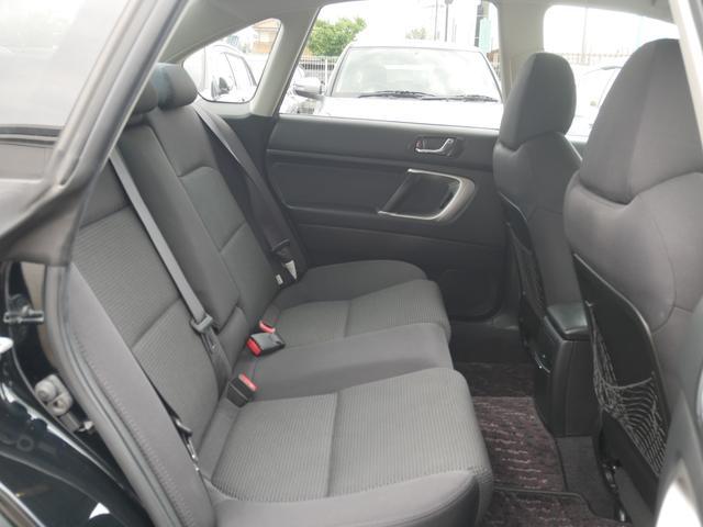 2.0GTスペックB 1年保証付 6速MT 後期型 SI-DRIVE 禁煙車 ブースト計 ステアスイッチ 6連奏CD ETC オートエアコン キーレス 電動格納ウィンカーミラー ローダウン HID フォグ 純正18AW(58枚目)