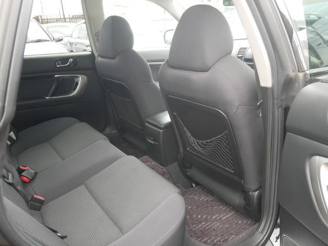 2.0GTスペックB 1年保証付 6速MT 後期型 SI-DRIVE 禁煙車 ブースト計 ステアスイッチ 6連奏CD ETC オートエアコン キーレス 電動格納ウィンカーミラー ローダウン HID フォグ 純正18AW(59枚目)