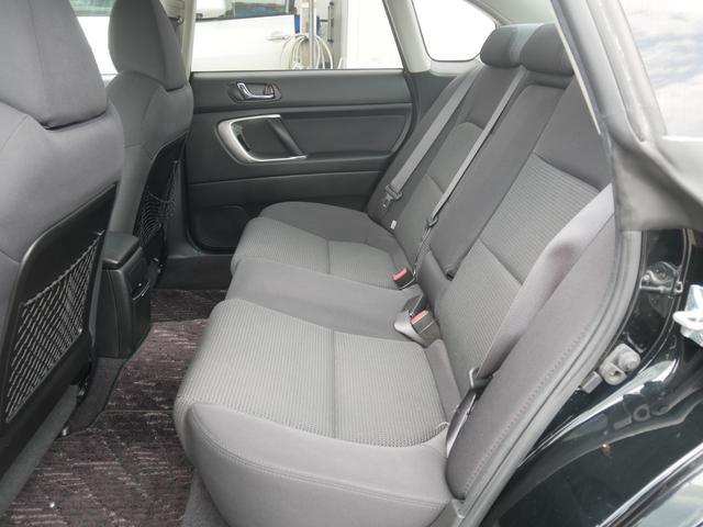 2.0GTスペックB 1年保証付 6速MT 後期型 SI-DRIVE 禁煙車 ブースト計 ステアスイッチ 6連奏CD ETC オートエアコン キーレス 電動格納ウィンカーミラー ローダウン HID フォグ 純正18AW(61枚目)