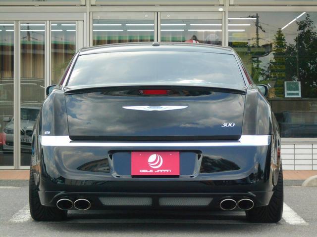 クライスラー クライスラー 300 300リミテッド 走行証明有り 黒革シート 22AW 車高調