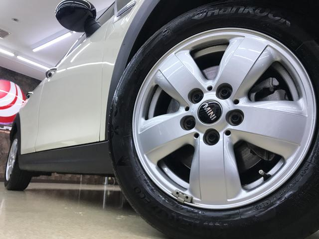 MINI MINI クーパーD 純正ナビ 禁煙 タイヤ新品交換サービス