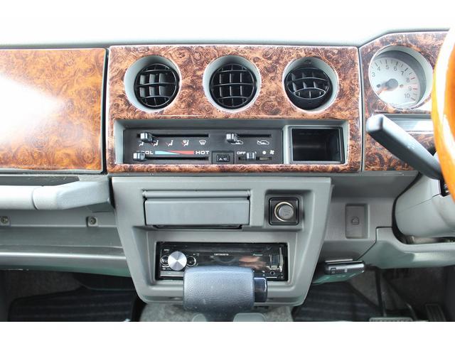 ランドベンチャー 4WD ターボ JA22最終2型 2インチリフトアップ足廻り マットブラック16インチAW GEOLANDAR.A/Tタイヤ サイドステップ カリフォルニアミラー 背面タイヤレス サンドベージュ色替車(78枚目)