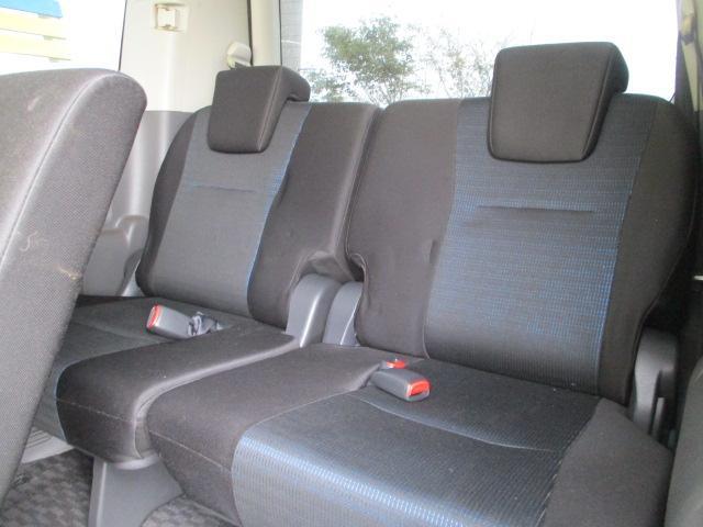 ☆サードシートも背もたれのリクライニング可能!長時間ドライブも快適です☆