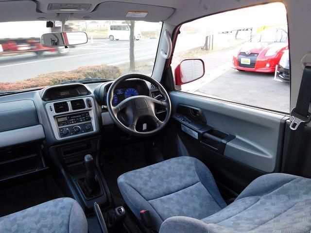 ZR 3ドアショートボディ 4WD 5速MT(12枚目)