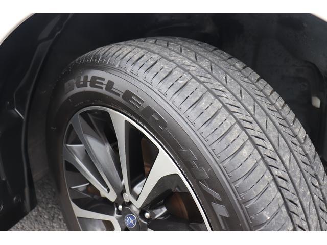 タイヤ溝もまだまだ充分残ってます。割れやヒビもございません。入庫時チェックで、入念に確認しております。