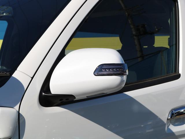 トヨタ ハイエースバン スーパーGL3.0DTダークプライムESSEXクワトログリル