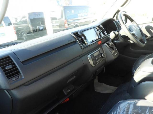 トヨタ ハイエースバン スーパーGL ダークプライム トヨタセーフティセンス搭載