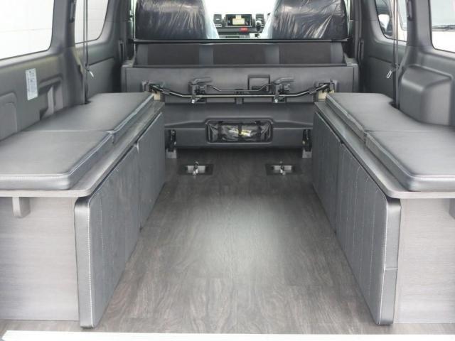 スーパーGL ダークプライムII ロングボディ 新型PVM付 Ver4内装架装 両側自動ドア(10枚目)