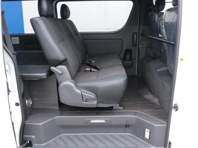 スーパーGL ダークプライムII ロングボディ 新型PVM付 Ver4内装架装 両側自動ドア(16枚目)