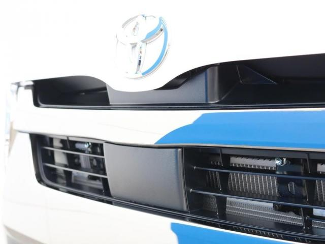 スーパーGL ダークプライムII 新型PVM付 両側自動ドア(11枚目)