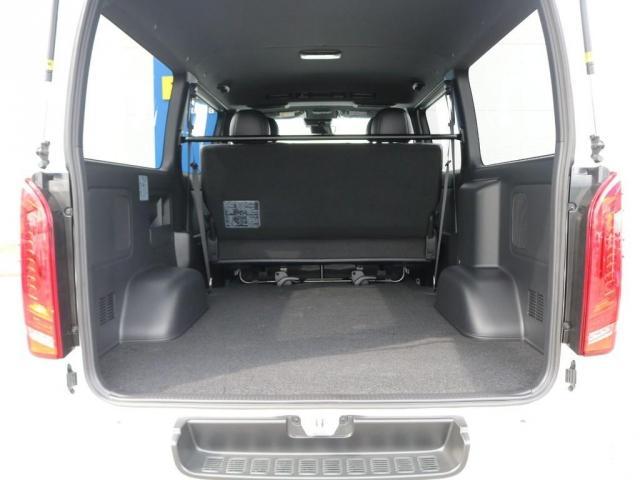 スーパーGL ダークプライムII 新型PVM付 両側自動ドア(18枚目)
