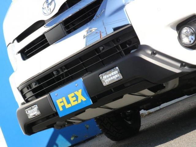 GL ベット&テーブル車中泊仕様/Ver1.5 オフロードパッケージ フルセグナビ/サブモニター フリップダウンモニター/ルーフスピーカー ナイトロパワー16インチAW TOYOオープンカントリータイヤ(16枚目)
