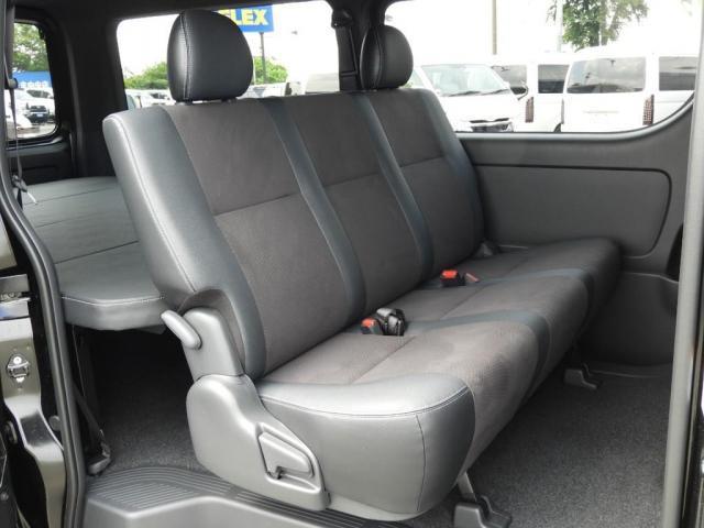 スーパーGL ダークプライムII 新車/2800クリーンディーゼル ベットキット 両側自動ドア ブラックエディション インナーブラックライト マッドブラックカスタム パナソニックフルセグナビ/ETC 新作カーボン調オーバーフェンダー(13枚目)