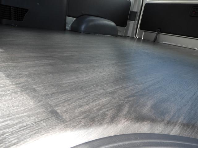 DX ワイド スーパーロング GLパッケージ オフロードパッケージ 床張り施工済み 2800クリーンディーゼル LEDヘッドライト パノラミックビューモニター インテリジェントクリアランスソナー デジタルインナーミラー TOYOオープンカントリー(4枚目)