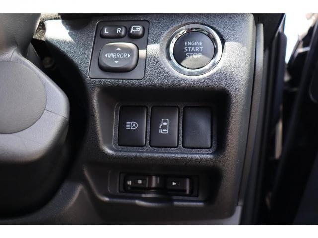 GL 新車ワゴンGL フルセグナビ/フリップダウンモニター パノラミックビューモニター プッシュスタート/スマートキー 黒木目インテリアキット ファミリーパッケージ(13枚目)