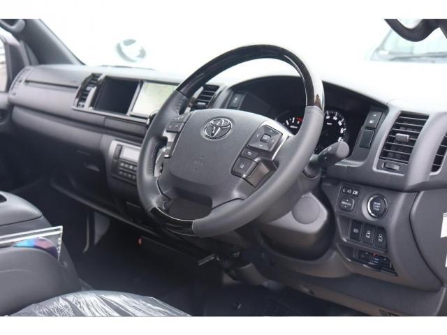 スーパーGL ダークプライムIIワイド ロングボディ 新車/ナビパッケージ 両側自動ドア 2800クリーンディーゼル パノラミックビューモニター インテリジェントクリアランスソナー トヨタセーフティー デジタルインナーミラー(7枚目)