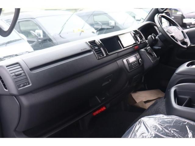 スーパーGL ダークプライムIIワイド ロングボディ 新車/ナビパッケージ 両側自動ドア 2800クリーンディーゼル パノラミックビューモニター インテリジェントクリアランスソナー トヨタセーフティー デジタルインナーミラー(8枚目)