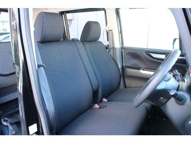 ◆全ての座席で皆様に快適におくつろぎいただけるよう膝周りにゆとりを持たせ、心地よく座れるよう設計されています!!