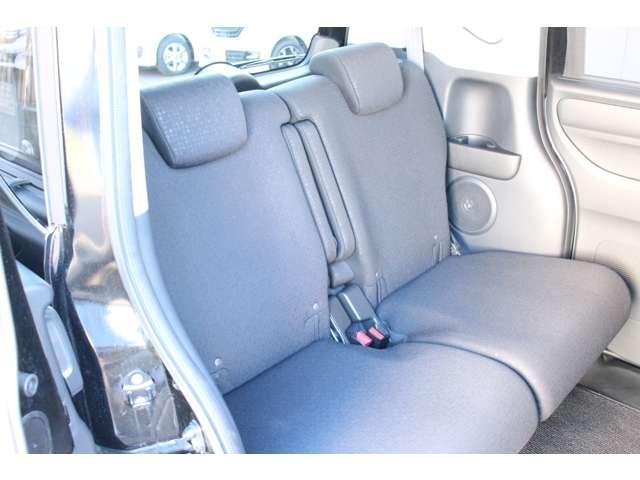 ◆後部座席も広々ですから長距離ドライブも快適です!素敵なお車が沢山揃ったのオートテラス久喜東店に是非一度ご来店下さい!きっとお好みの車が見つかります!