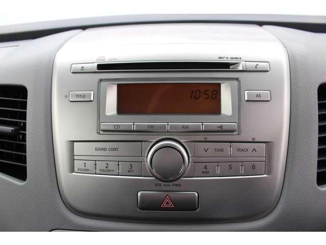 純正CDコンポ搭載車です!FM・AMのラジオチューナーもしっかり完備しています!