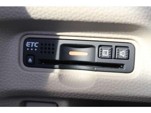 Gホンダセンシング ナビ Bカメ ETC TV メモリナビ 横滑り防止 CDオーディオ ワンセグTV LEDヘッド オートエアコン スマートキー クルーズコントロール 盗難防止システム ABS ベンチシート エアバック(9枚目)