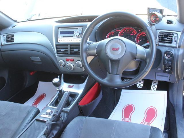 WRX STI アプライドA型 カロッツエリアオーディオ SUBARUブースト計 6MT SI-DRIVE 純正18アルミ 純正STiシート プッシュスタート スマートキー HID ETC(3枚目)