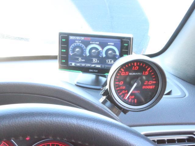 WRX STI アプライドA型 カロッツエリアオーディオ SUBARUブースト計 6MT SI-DRIVE 純正18アルミ 純正STiシート プッシュスタート スマートキー HID ETC(15枚目)