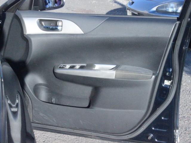 WRX STI アプライドA型 カロッツエリアオーディオ SUBARUブースト計 6MT SI-DRIVE 純正18アルミ 純正STiシート プッシュスタート スマートキー HID ETC(43枚目)