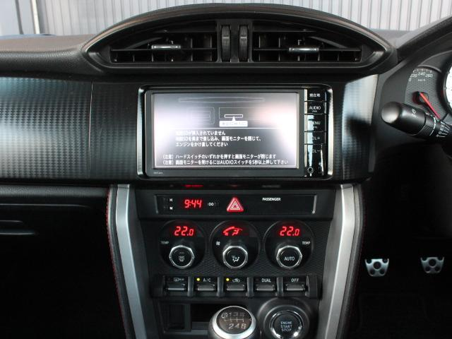 GT アプライドA型 TRDフルエアロ TRD車高調 TRDトランクスポイラー 純正17アルミ プッシュスタート オートライト オートエアコン スマートキー 純正SDナビ ワンセグ 6MT(14枚目)