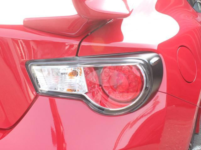 GTエアロパッケージ D型 1オーナー グレード専用エアロ 禁煙車 コーナーセンサー 純正17AW 純正SDナビ フルセグ・CD・DVD・Bluetooth・バックカメラ ETC クルコン サイドエアバッグ スマートキー(25枚目)