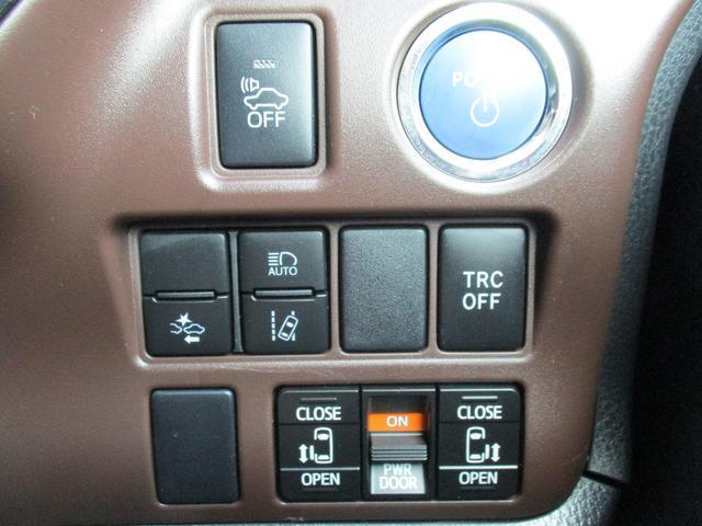 トヨタ エスクァイア ハイブリッドGi 新品社外メモリーナビTV 両側自動ドア