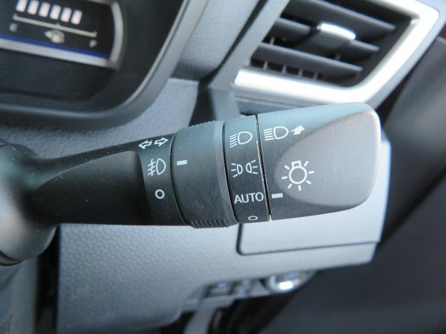 カスタムG-T SDナビ 緊急ブレーキ W電動ドア LED(12枚目)