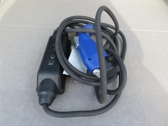 S 8インチHDDナビ Bluetooth バックカメラ ETC スマートキー PUSHスタート エコモード PWRモード アイドリングストップ シートヒーター サイドエアバッグ HID 純正15AW(26枚目)