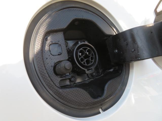 S 8インチHDDナビ Bluetooth バックカメラ ETC スマートキー PUSHスタート エコモード PWRモード アイドリングストップ シートヒーター サイドエアバッグ HID 純正15AW(27枚目)