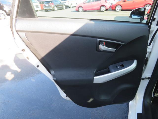 S 8インチHDDナビ Bluetooth バックカメラ ETC スマートキー PUSHスタート エコモード PWRモード アイドリングストップ シートヒーター サイドエアバッグ HID 純正15AW(31枚目)