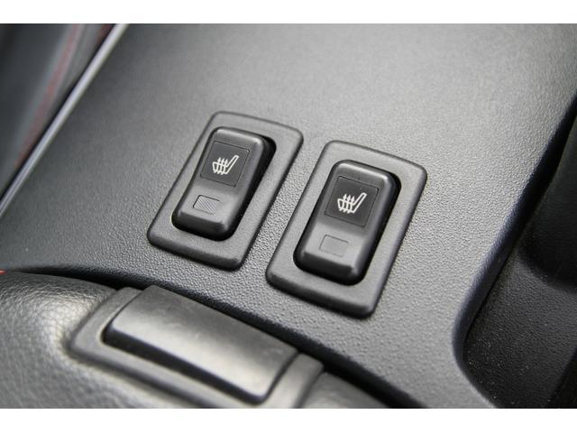 スピリットR 特別仕様車/後期/黒革シート/純正SDナビ/フルセグTV/バックカメラ/Bluetooth/電動シート/シートヒーター/純正18インチAW/アドバンストキー/パドルシフト/(6枚目)