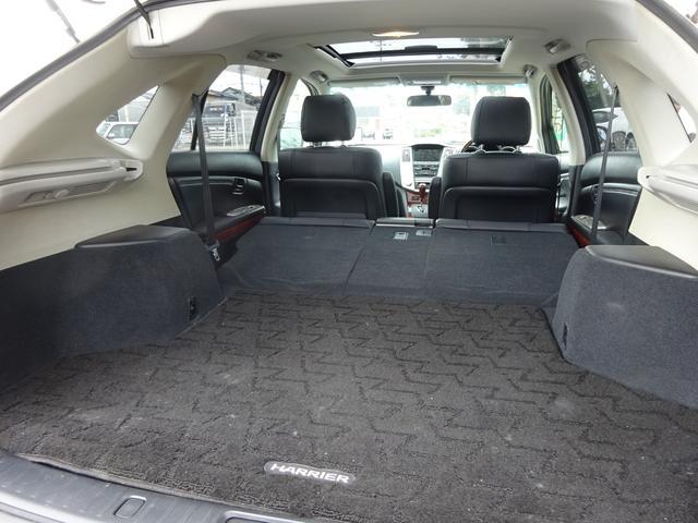 AIRS 4WD 黒革 大型サンルーフ 純正フルエアロ 純正ナビ 6連奏CD フロント・サイド・バックカメラ シートヒータ- エアサス ウッドコンビハンドル 電動テールゲート 純正18アルミ HID キーレス(8枚目)