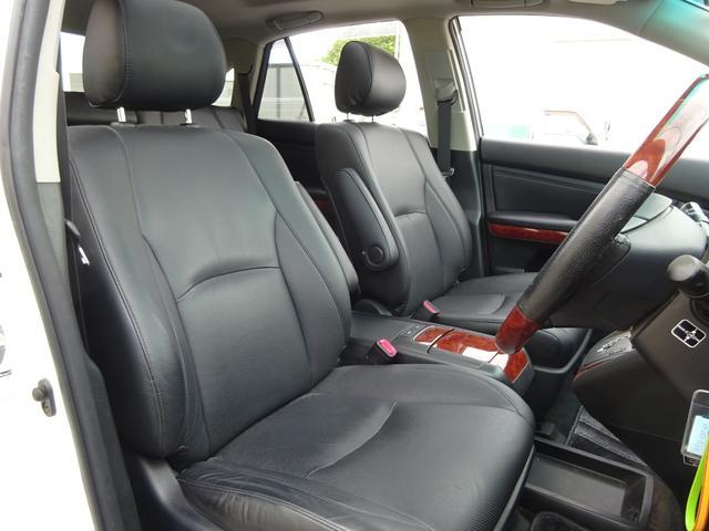AIRS 4WD 黒革 大型サンルーフ 純正フルエアロ 純正ナビ 6連奏CD フロント・サイド・バックカメラ シートヒータ- エアサス ウッドコンビハンドル 電動テールゲート 純正18アルミ HID キーレス(24枚目)