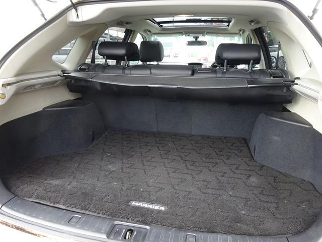 AIRS 4WD 黒革 大型サンルーフ 純正フルエアロ 純正ナビ 6連奏CD フロント・サイド・バックカメラ シートヒータ- エアサス ウッドコンビハンドル 電動テールゲート 純正18アルミ HID キーレス(32枚目)