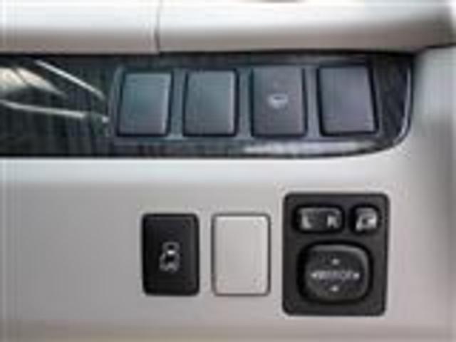 トヨタ エスティマ アエラス 4WD 電動ドア 純正ナビ 天吊モニ HID