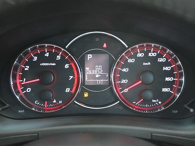 2.5iアイサイト 4WD 1オナ ガラスルーフ(19枚目)