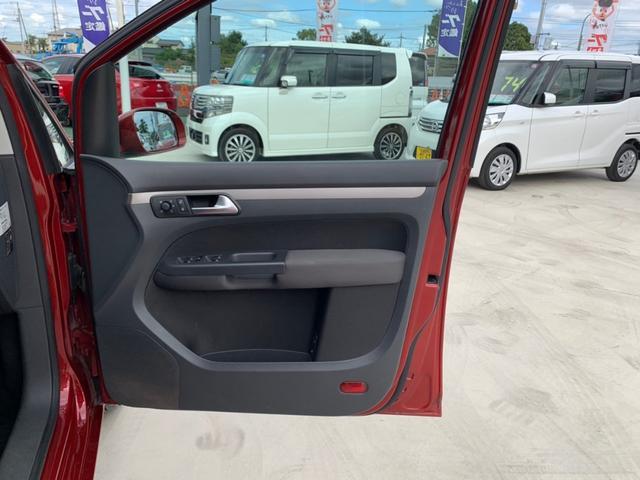 「フォルクスワーゲン」「VW ゴルフトゥーラン」「ミニバン・ワンボックス」「埼玉県」の中古車30