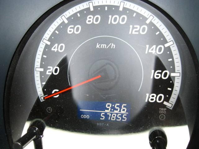 トヨタ ハイエースバン 2.7ロングスーパーGL ミドルルーフ 定員8名乗車