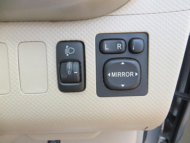 トヨタ ポルテ 150r 純正DVDナビ 後カメラ 自動ドア
