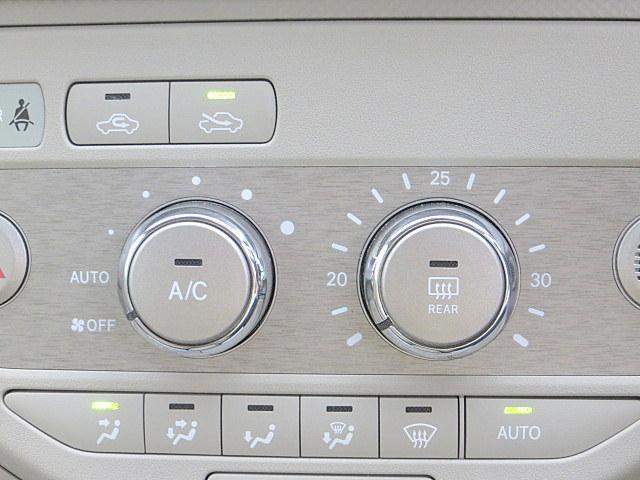 130i Cパッケージ 純正ナビ 自動ドア バックカメラ(17枚目)