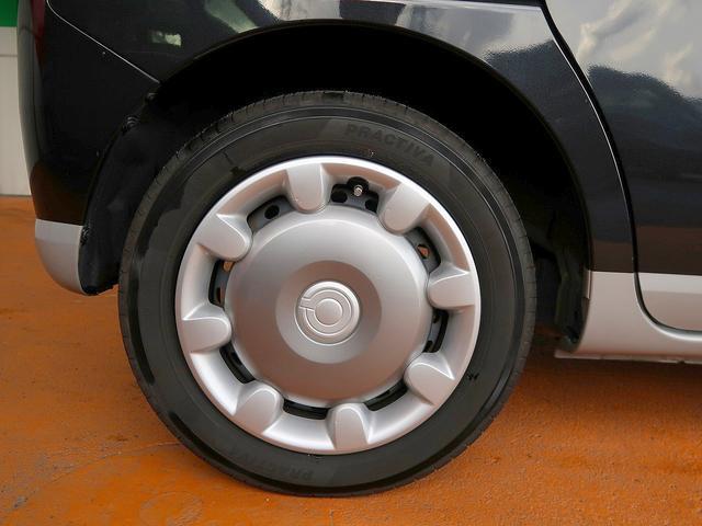 ムーヴキャンバス専用ホイールキャップです!新品タイヤをご希望の方は遠慮なく申し付けて下さい!!