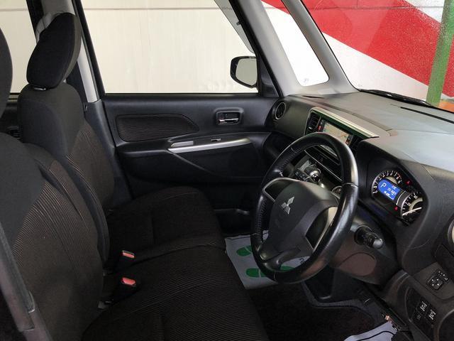 カスタムT 修復歴なし 禁煙車 純正SDナビ 両側自動ドア 後カメラ Bluetooth HID オペキー ETC フルセグ 横滑防止 フォグ 革巻ステア プッシュスタート 純正15インチAW ミラーウインカー(12枚目)